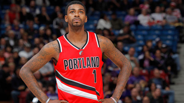 trail-blazers-dorell-wright-contract-china.jpg
