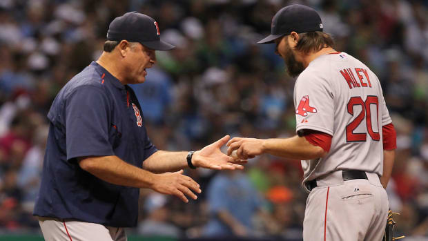 john-farrell-wade-miley-heated-exchange-blow-up-unacceptable-red-sox-manager-icon.jpg