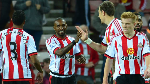 defoe-league-cup.jpg
