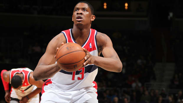 new-york-knicks-kevin-seraphin-free-agent-contract.jpg