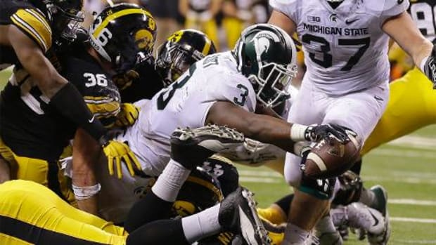 Michigan State edges Iowa, wins Big Ten Championship -- IMAGE