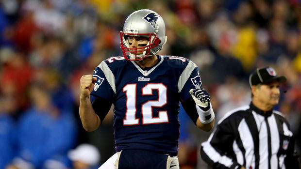 patriots tom brady nfl playoff passing record