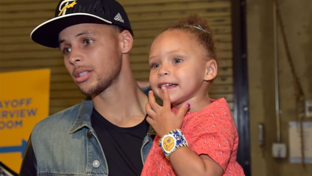 Riley Curry returned to the spotlight as her dad wins NBA championship