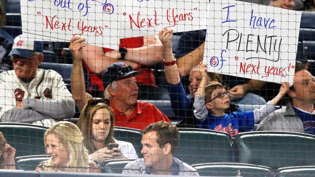 2013-Chicago-Cubs-fan-sign-AP_1304061268.jpg