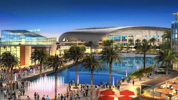 Rams owner building stadium in Los Angeles