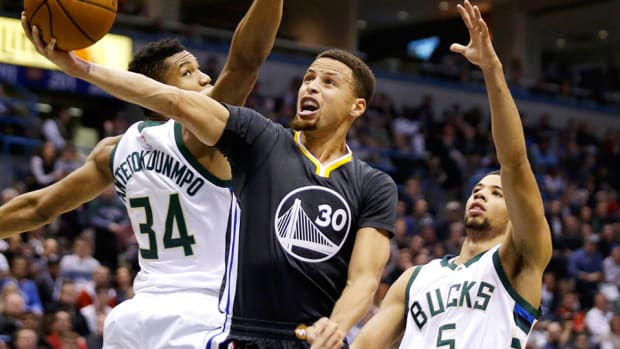 stephen-curry-golden-state-warriors-win-streak-ends-milwaukee-bucks.jpg