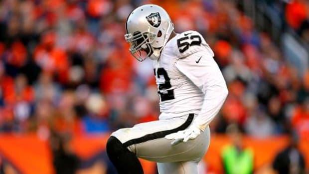 Raiders DE Khalil Mack records 5 sacks vs. Broncos - IMAGE