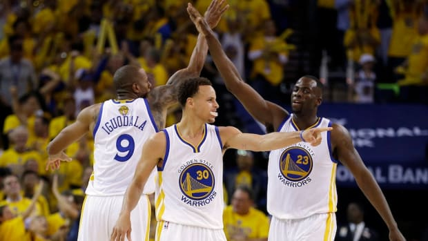golden-state-warriors-playing-with-chip-on-shoulder-header.jpg