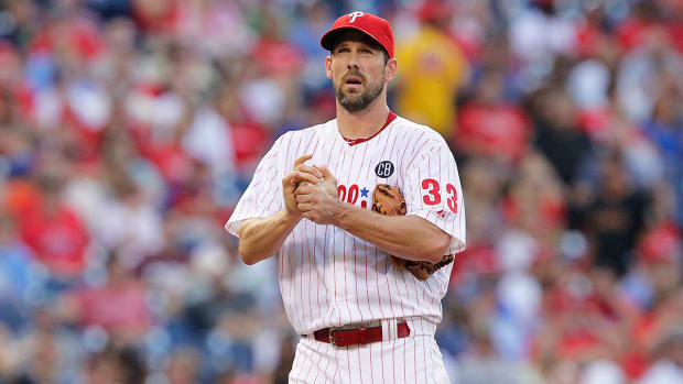 Phillies GM talks potentially shutting down Cliff Lee for the season-image
