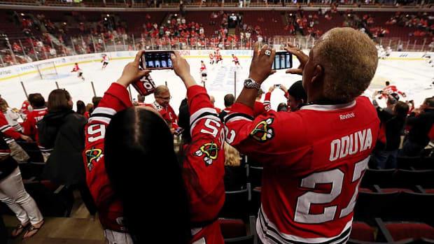 hockey-fans-Jonathan-Daniel.jpg