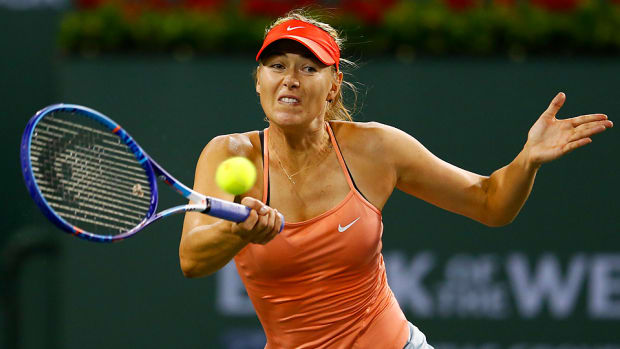 maria sharapova beats victoria azarenka advances indian wells