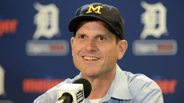 michigan-jim-harbaugh-babysitting-trent-murphy.jpg
