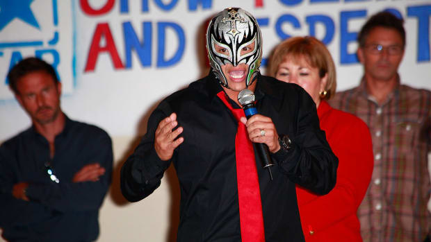 Rey Mysterio discusses the death of Perro Aguayo, possible WWE return--IMAGE