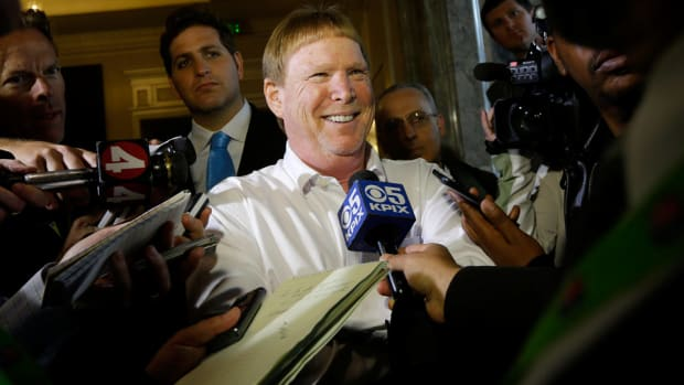nfl-los-angeles-raiders-mark-davis.jpg