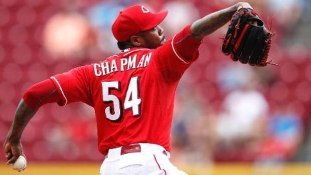 Dodgers acquire Aroldis Chapman from Reds for prospects - IMAGE