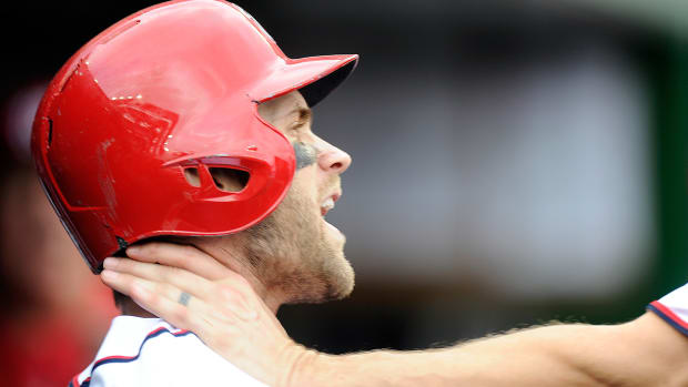 harper-choke-papelbon-nationals.jpg
