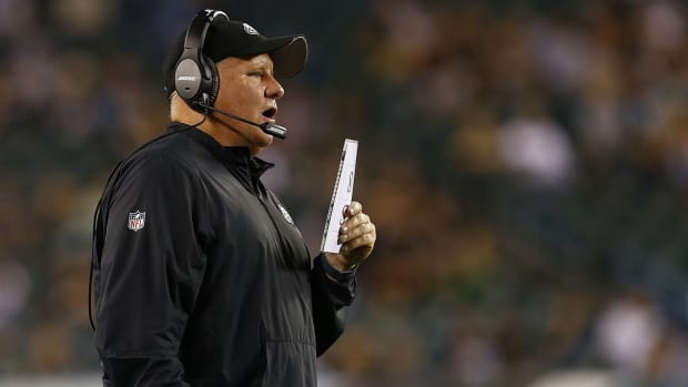 Pressure mounting for Chip Kelly and Eagles with winless start IMAGE