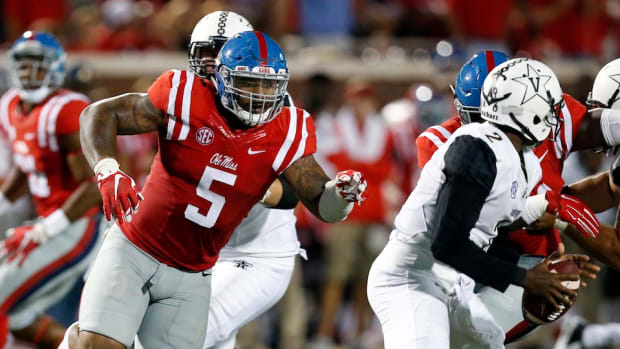 robert-nkemdiche-ole-miss-injury-update.jpg