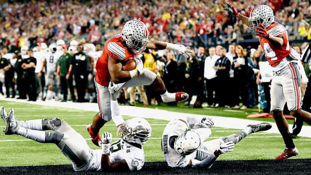 ezekiel-elliott-ohio-state-national-championship-oregon.jpg