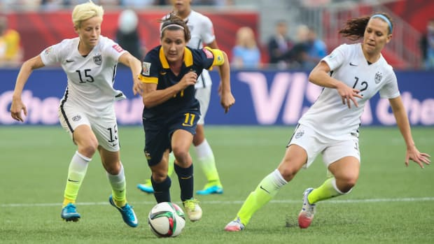 lauren-holiday-megan-rapinoe-icon-yellow-cards-out-against-china-world-cup.jpg