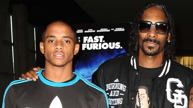 snoop dogg paid cordell broadus to play football