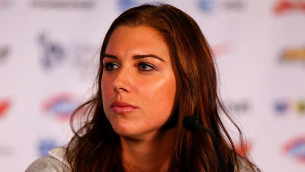 alex-morgan-injury-uswnt-womens-world-cup.jpg