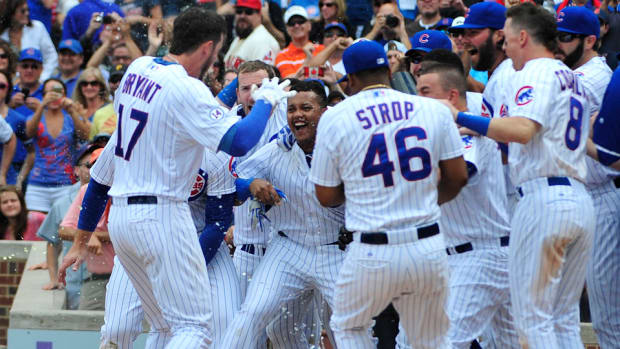 chicago-cubs-si-cover-wrigley-field.jpg