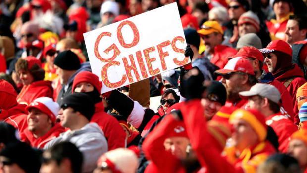 Kansas-city-chiefs-fan-toilet.jpg