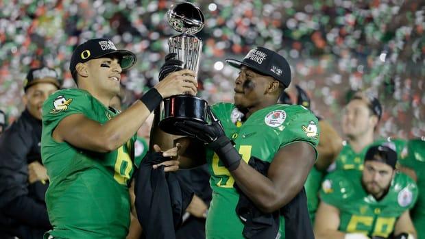 Oregon beats Florida State in Rose Bowl 59-20 IMAGE