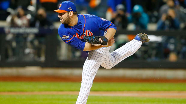 New York Mets P Matt Harvey to start Game 1 of 2015 World Series - IMAGE