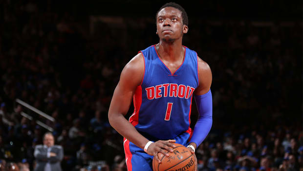 Report: Reggie Jackson, Pistons agree to $80 million contract IMAGE