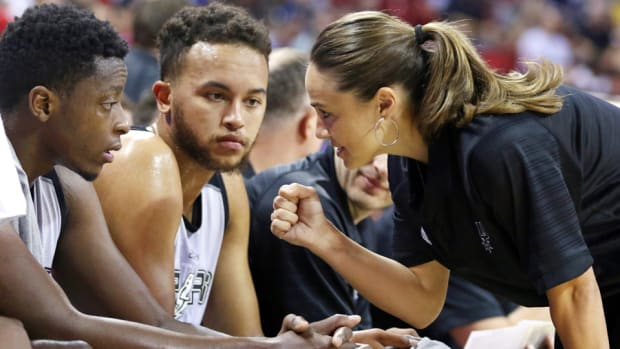 becky-hammon-spurs-nba-summer-league-debut-milestone.jpg