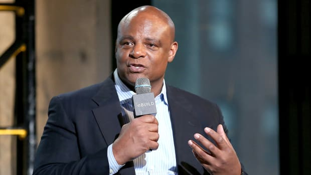 Warren Moon's advice for Adrian Peterson and Ray Rice-image