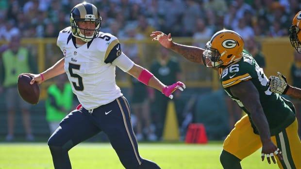Rams loss falls on Foles' shoulders IMAGE