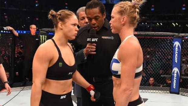 Holly Holm: Ronda Rousey will 'come back swinging' in potential rematch IMAGE