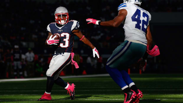 dion-lewis-active-patriots-dolphins.jpg