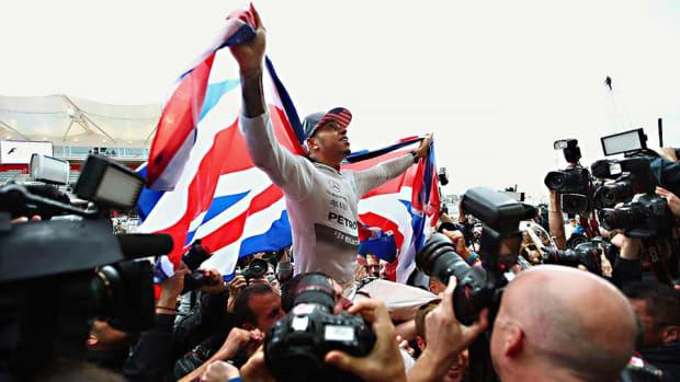Lewis-Hamilton-top-Bruty.jpg