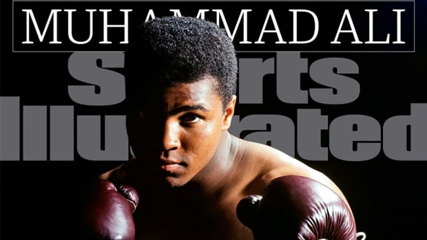 Muhammad Ali lands cover of Sports Illustrated - IMAGE