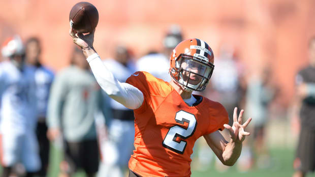 Mike Pettine: Johnny Manziel has improved understanding of game IMAGE