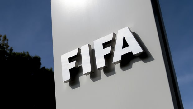 Swiss: 1 of 7 arrested FIFA officials agrees to extradition to U.S.--IMAGE