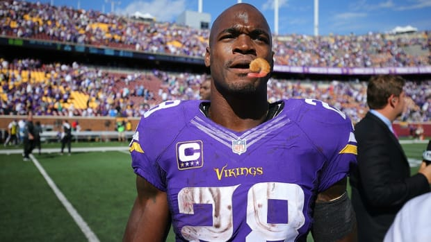 minnesota-vikings-adrian-peterson-shrimp-allergy.jpg