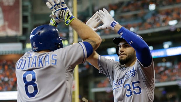 hosmer-moustakas-ap-top.jpg