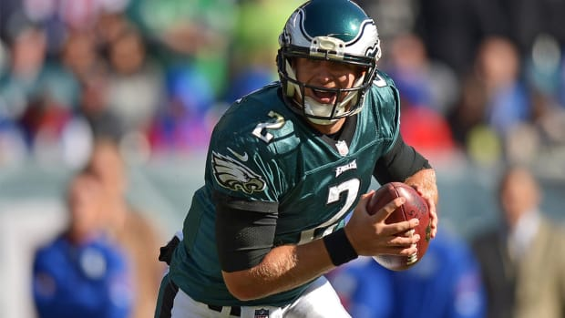 Report: Eagles trade Barkley to Cardinals, Tebow likely to make team--IMAGE