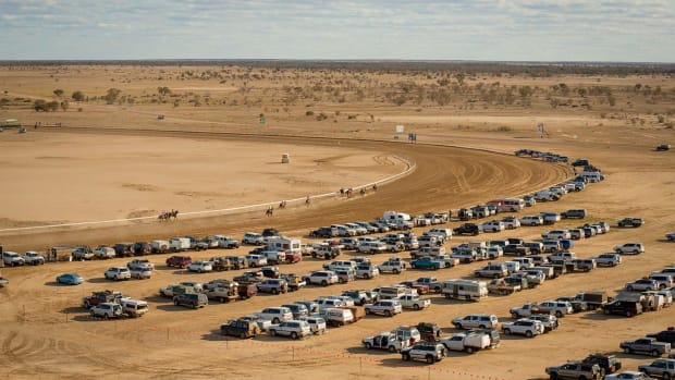 Australia's-Birdville-Races-X159928_TK1_073.jpg