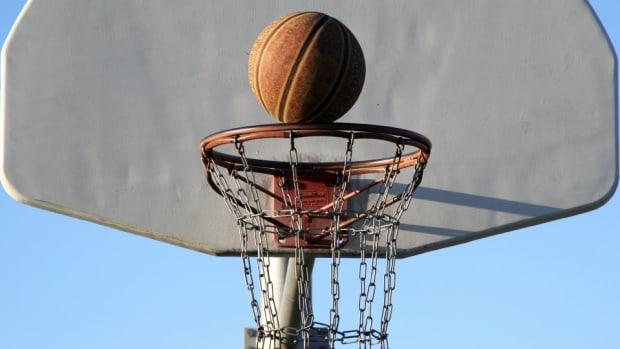 basketball-long-distance-trick-shot.jpg