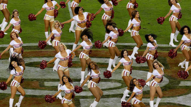 San-Francisco-49ers-Gold-Rush-cheerleaders-AP_796969946162.jpg