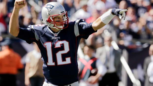 new-england-patriots-tom-brady-touchdown-400.jpg
