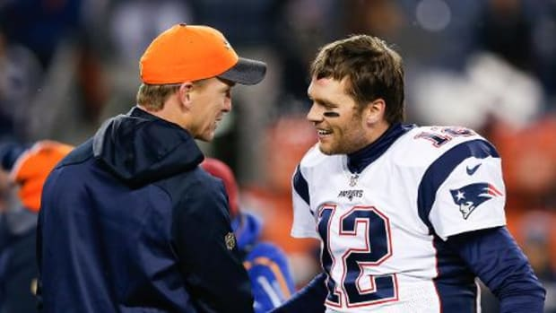 Tom Brady fully supports Peyton Manning after HGH allegations - IMAGE