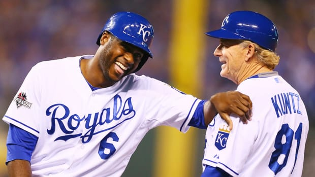 lorenzo-cain-kansas-city-royals-alcs-game-6.jpg