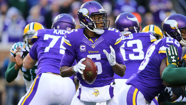 nfl-week-12-playbook-teddy-bridgewater-minnesota-vikings.jpg